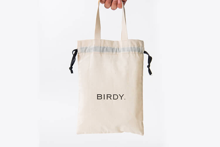 BIRDY. GIFT 巾着のデザイン
